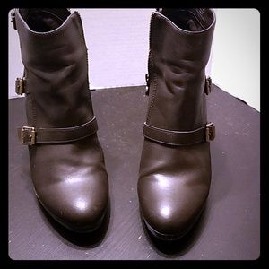 Very Wang booties size 9